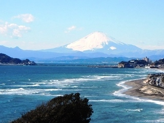 公園高台からアップの富士山.JPG