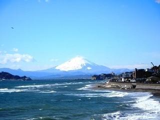 岩場からアップの富士山.JPG