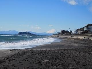 砂浜から富士山.JPG