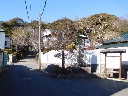 薬王寺入り口1.JPG
